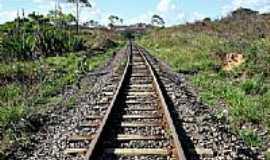 Candeias - Linha Férrea em Candeias-BA-Foto:gilmardeoliveira