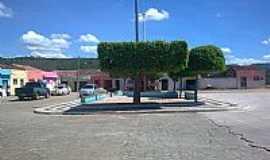 Cacimbas - Cacimbas-PB-Praça no centro da cidade-Foto:connhecer.tur.br