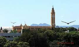 Cajazeiras - Cajazeiras-PB-Bela imagem da Igreja e os p�ssaros-Foto:GaldinoVilante