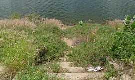 Condado - Condado-PB-Escada para o açude-Foto:adilsongenipapo