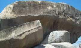 Emas - sitios arqueol�gicos_Emas-PB, Por Maria Alves