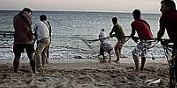 Pescadores na atividade em Forte Velho-PB-Foto:Wikipédia