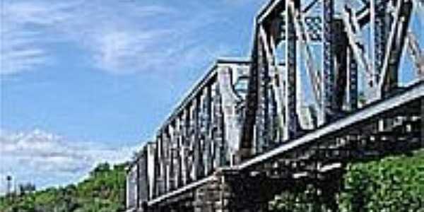 Ponte de Ferro-Foto:cezar neri