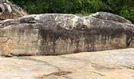 Ingá - A Pedra de Ingá,Sítio Arqueológico,com inscrições Rupestres,mais famoso do mundo em Ingá-PB-Foto:Ten Rech