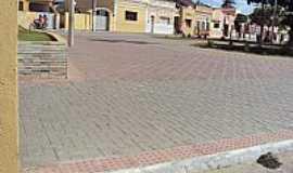 Itabaiana - Itabaiana-PB-Casario na praça central-Foto:Forista IvoJP