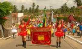 Itapororoca - Desfile civíco, Por Gli Tavares