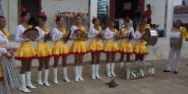 desfile civico de itapororoca, Por felipe gomews