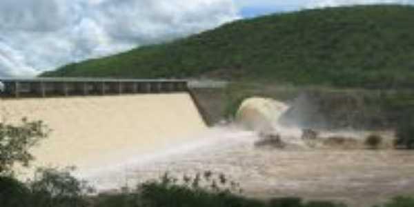Barragem de Acauã, Por Laurilúcia Valentim