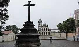 João Pessoa - Cruzeiro e Igreja de São Francisco[Patrimônio Histórico Nacional]em João Pessoa-PB-Foto:Paulo Yuji Takarada