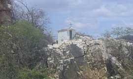 Juru - Juru-PB-Capela sobre as pedras na Rodovia-Foto:LUIZ ANTONIO FERNANDES