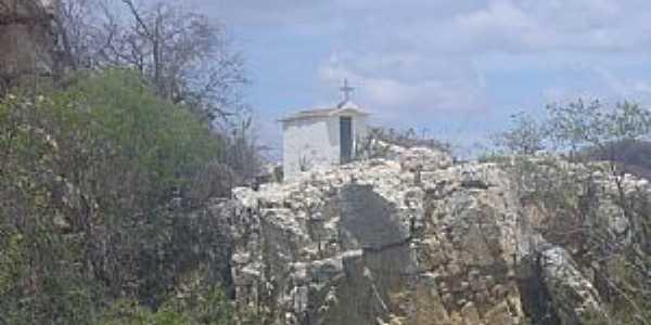 Juru-PB-Capela sobre as pedras na Rodovia-Foto:LUIZ ANTONIO FERNANDES