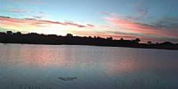 Pôr do Sol na Barragem de Logradouro-Foto:bernardo.jp