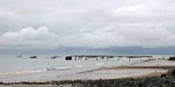 Plataforma de pesca na praia de Manaíra-PB-Foto:Beatriz Barreto Tane…