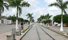 Mari - Mar�-PB-Trilhos na Avenida central-Foto:OTAC�LIO BEN�CIO