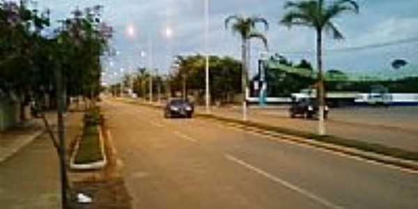 Avenida em Capixaba-Foto:Iguin