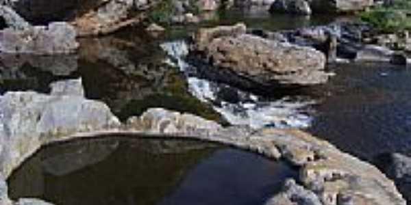 Cachoeira em Caraguataí, por verlansp.
