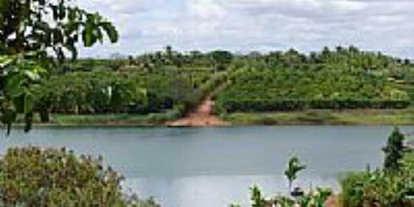 Cara�bas-BA-Rio Gavi�o e regi�o-Foto:James Thornton