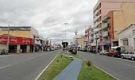 Patos - Avenida comercial no centro de Patos-PB-Foto:Walter Leite