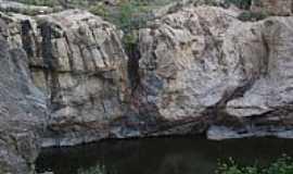 Pedra Lavrada - Po�o da Serra