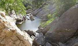 Pedra Lavrada - Rio da Serra Branca