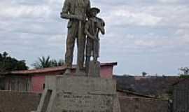 Piancó - Monumento do Cossaco em praça de Piancó-PB-Foto:GustavoFarias