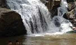 Pilões - Cachoeira Local