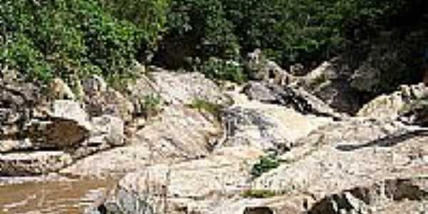 Cachoeira por Manu de Verdun