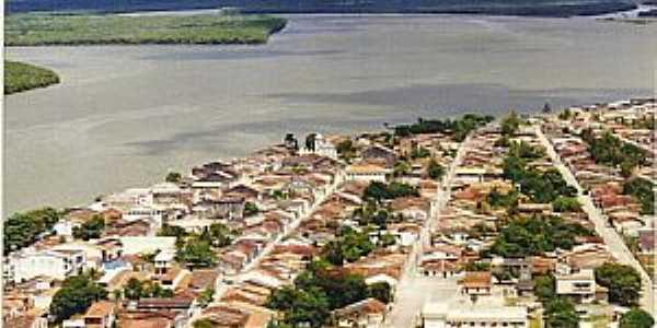 Caravelas-BA-Vista aérea do centro histórico e o Rio Caravelas-Foto:farolparaabrolhos.blogspot.com