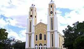 Santa Luzia - Igreja Matriz de Santa Luzia-PB-Foto:Vicente A. Queiroz