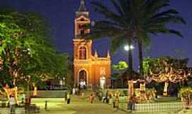 Santa Rita - Igreja Matris de Santa Rita,vista noturna-Foto:marcelomoura
