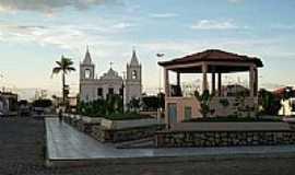 Carinhanha - Praça da Matriz Igreja São José, por Cristina