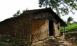 Serra da Raiz - Casa de Taipas