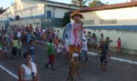 Serra Redonda - cranaval tradicional bloco zé pereira , Por Valéria Alves