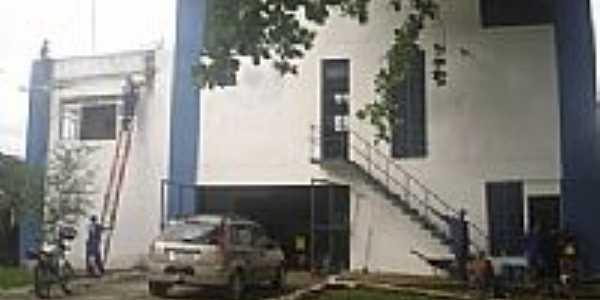 Prédio da Estação de Tratamento de Água de Castelo Novo -BA-Foto:avozeavezdajuventude.