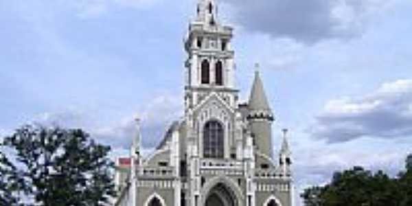 Catedral do Senhor Bom Jesus dos Remédios-Foto:Vicente A. Queiroz