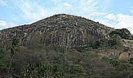Altinho - Pedra do Letreiro-Foto:br.olhares