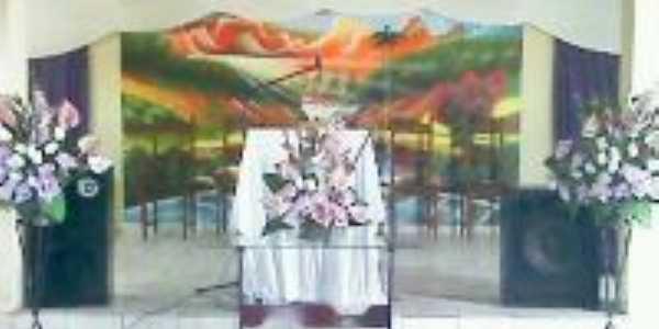 Igreja Assembleia de Deus em Apoti por dentro, Por salatiel