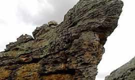 Arcoverde - Arcoverde-PE-Formações rochosas na Serra da Coruja-Foto:Novais Almeida
