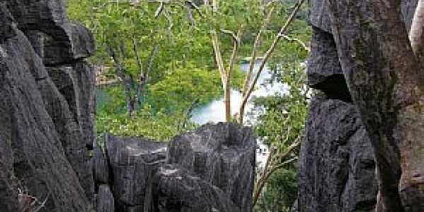 Lagoa Azul vista de cima da Gruta do Catão - Catolândia Ba - por abnestair