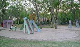 Belo Jardim - Brinquedos do parque do Bambu