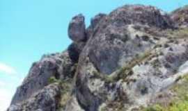 Belo Jardim - pedra dos caboclos, Por Robson josé valença da silva