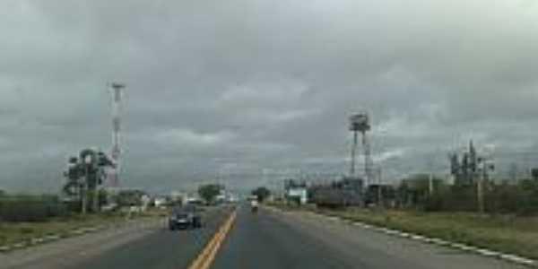 Rodovia BR-232 em Belo Jardim-PE-Foto:Jorge Hirata