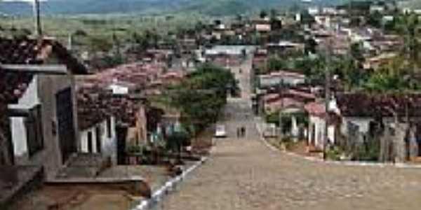 Avenida principal em Catolezinho-BA-Foto:itambe.ba.