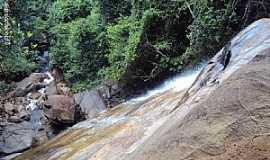 Bonito - Bonito-PE-Cachoeira Véu de Noiva-Foto:Sergio Falcetti