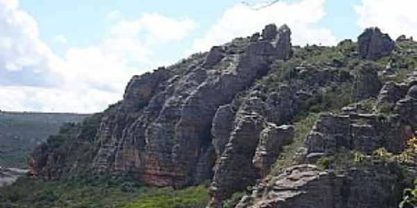Buíque-PE-Montanha Rochosa no Vale do Catimbaú-Foto:Roberto Inojosa