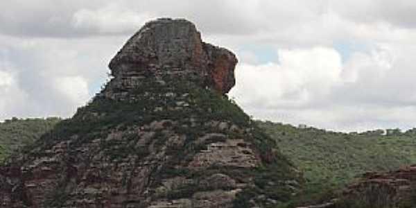 Buíque-PE-Pedra do Cachorro no Vale do Catimbaú-Foto:Roberto Inojosa