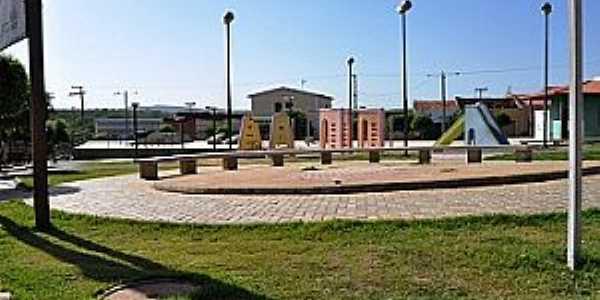 Cachoeira do Roberto-PE-Praça central e Matriz-Foto:www.blogdoassismacedo.com.br