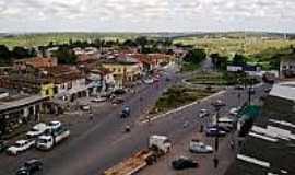 Catu de Abrantes - Avenida em Catu de Abrantes-Foto:revistabahia.