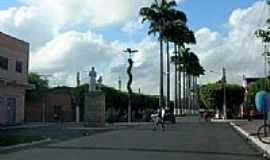 Carpina - Avenida na entrada de Carpina-PE-Foto:Constantino Lagoa
