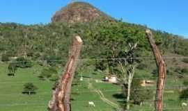 Cavunge - Morro Bom Sucesso visto da fazenda Bom Sossego., Por Emilson Vieira da Silva